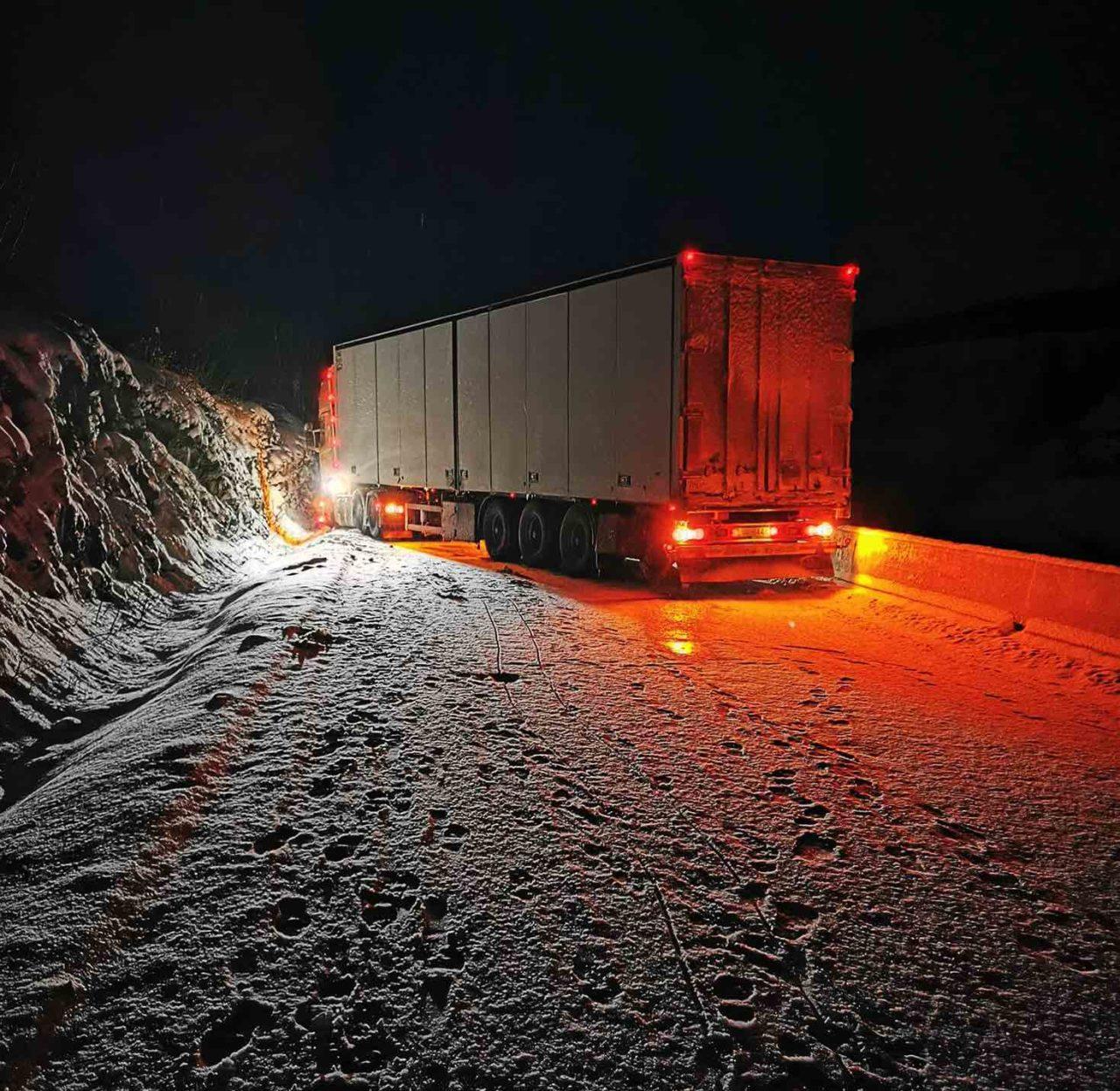 trailer-fast-i-kløfta-1280x1247.jpg